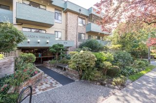 "Main Photo: 308 1516 CHARLES Street in Vancouver: Grandview VE Condo for sale in ""Garden Terrace"" (Vancouver East)  : MLS®# R2302438"