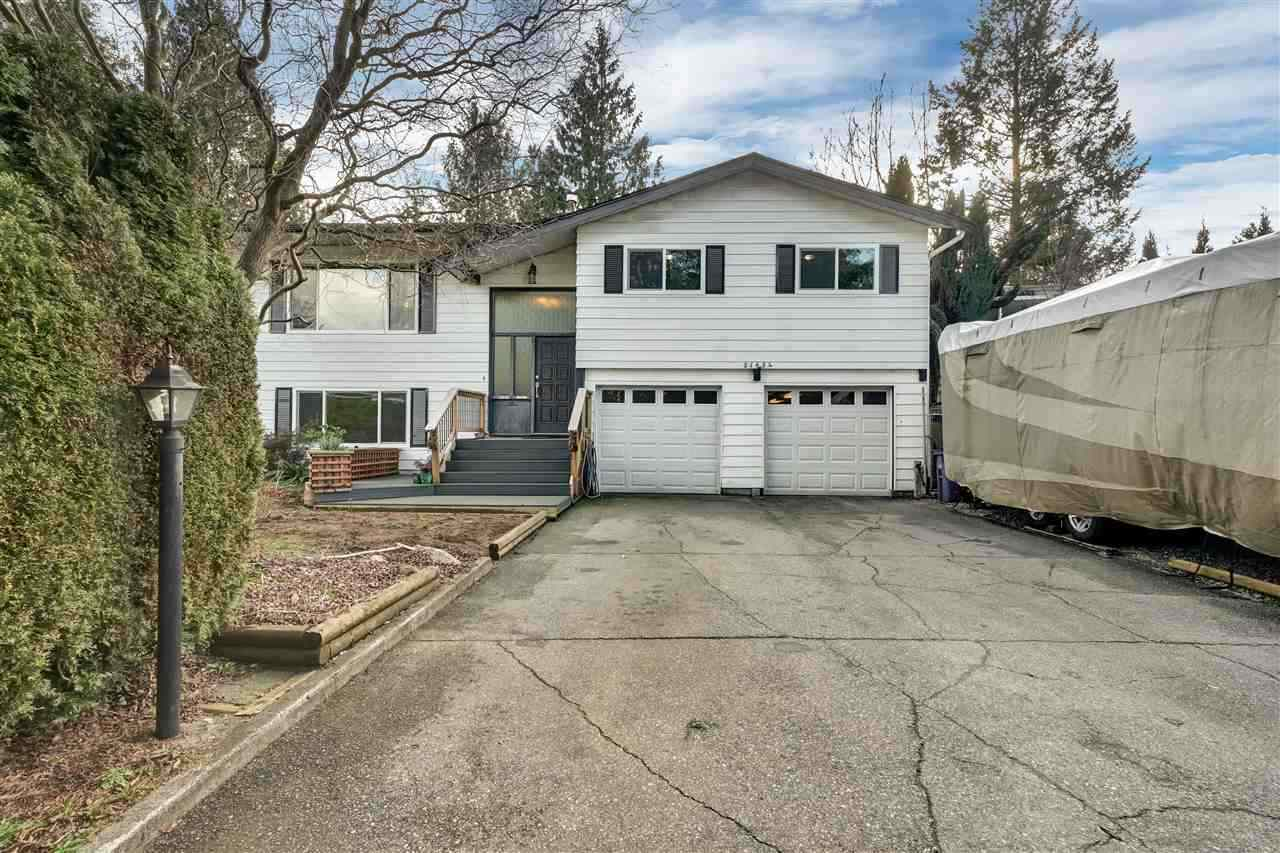 FEATURED LISTING: 21654 MANOR Avenue Maple Ridge