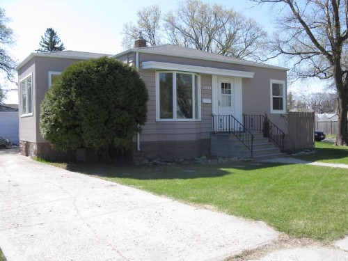Main Photo: 1044 Byng Place in Winnipeg: Fort Garry / Whyte Ridge / St Norbert Single Family Detached for sale (South Winnipeg)  : MLS(r) # 1220059