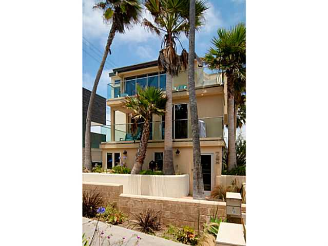 FEATURED LISTING: 720 Manhattan San Diego