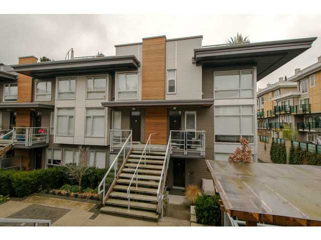 "Main Photo: 225 735 W 15TH Street in North Vancouver: Hamilton Townhouse for sale in ""SEVEN 35"" : MLS® # V1042022"