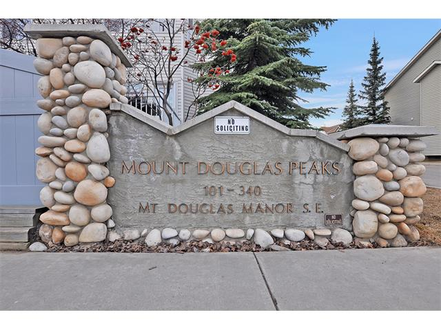 Main Photo: 339 MT DOUGLAS Manor SE in Calgary: McKenzie Lake House for sale : MLS(r) # C4003534