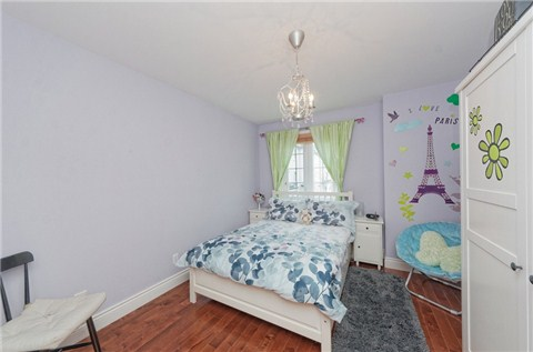 Photo 2: 104 16 Humberstone Drive in Toronto: Willowdale East Condo for sale (Toronto C14)  : MLS® # C3197447