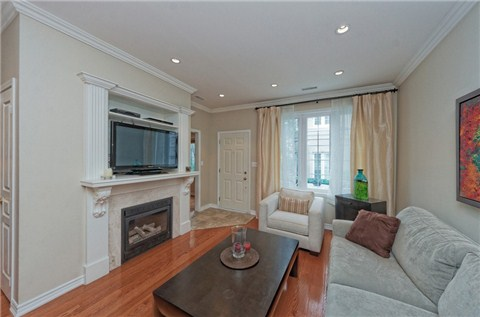Photo 14: 104 16 Humberstone Drive in Toronto: Willowdale East Condo for sale (Toronto C14)  : MLS® # C3197447