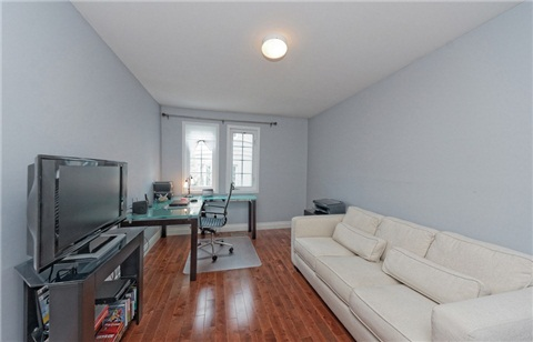 Photo 3: 104 16 Humberstone Drive in Toronto: Willowdale East Condo for sale (Toronto C14)  : MLS® # C3197447