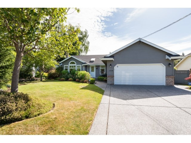 "Main Photo: 1728 130 Street in Surrey: Crescent Bch Ocean Pk. House for sale in ""Ocean Park"" (South Surrey White Rock)  : MLS® # R2068224"