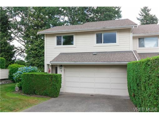 Photo 2: 5 1287 Verdier Avenue in BRENTWOOD BAY: CS Brentwood Bay Townhouse for sale (Central Saanich)  : MLS(r) # 366380