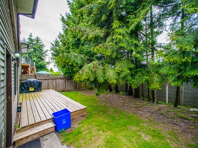 Photo 6: 5445 MANOR Street in Burnaby: Central BN House 1/2 Duplex for sale (Burnaby North)  : MLS(r) # R2083747