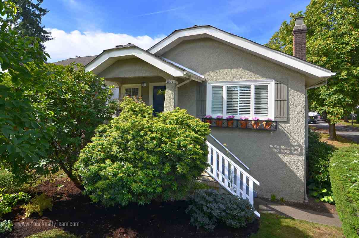 Main Photo: 3807 DUNBAR Street in Vancouver: Dunbar House for sale (Vancouver West)  : MLS(r) # R2106755