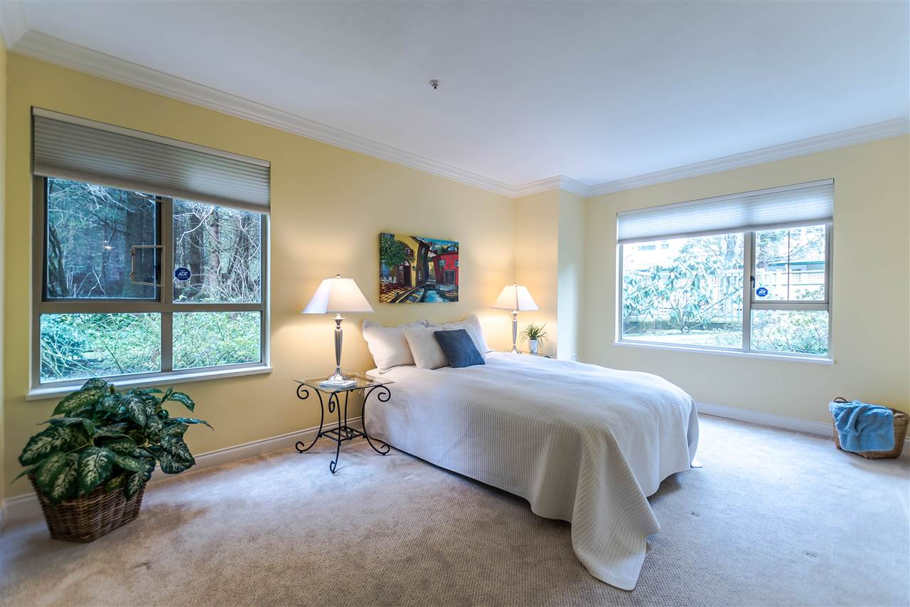 "Photo 8: 111 3658 BANFF Court in North Vancouver: Northlands Condo for sale in ""The Classics"" : MLS® # R2141602"