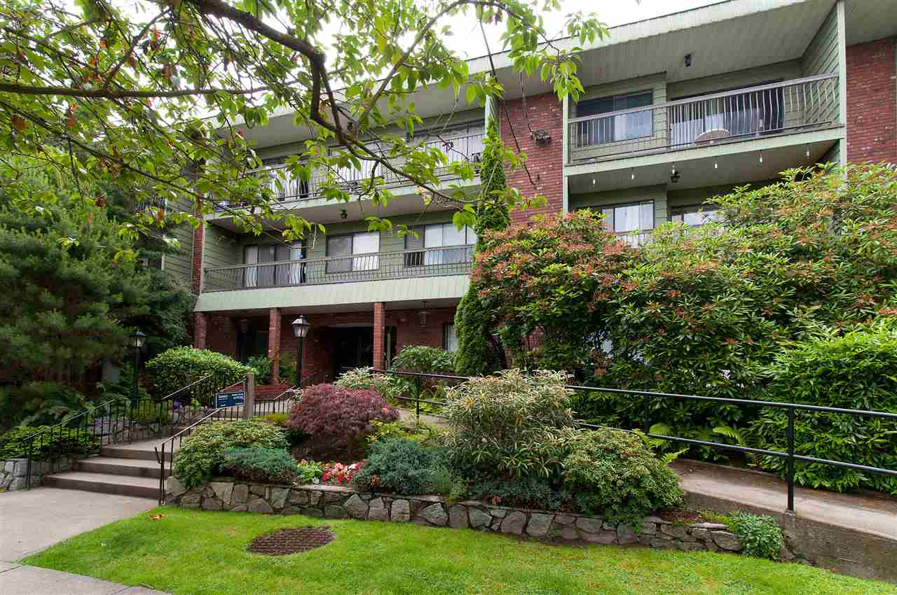 "Main Photo: 339 1844 W 7TH Avenue in Vancouver: Kitsilano Condo for sale in ""CRESTVIEW MANOR"" (Vancouver West)  : MLS(r) # R2146920"