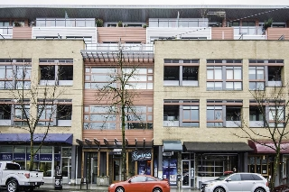 "Main Photo: 218 2250 COMMERCIAL Drive in Vancouver: Grandview VE Condo for sale in ""Marquee on the Drive"" (Vancouver East)  : MLS® # R2150358"