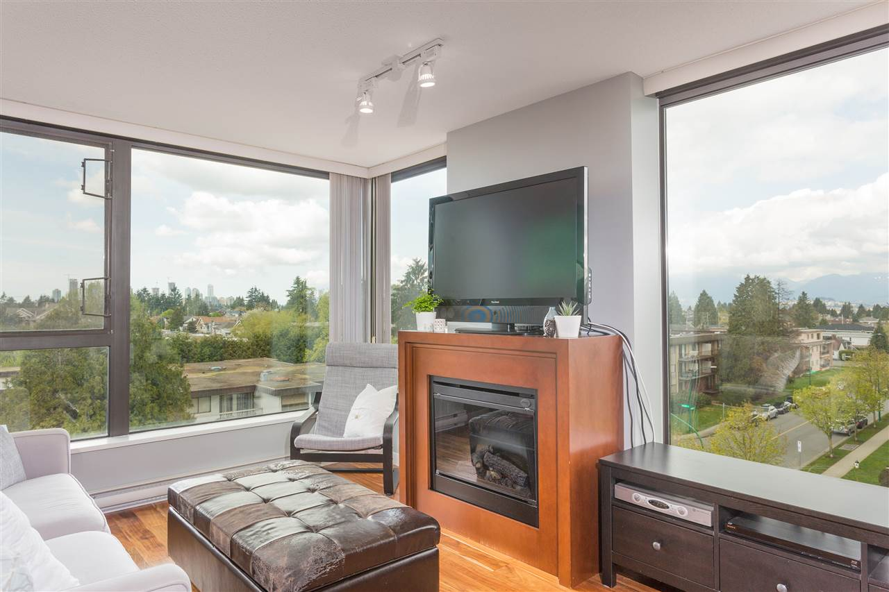 "Photo 8: 603 7088 SALISBURY Avenue in Burnaby: Highgate Condo for sale in ""HIGHGATE VILLAGE"" (Burnaby South)  : MLS(r) # R2161091"