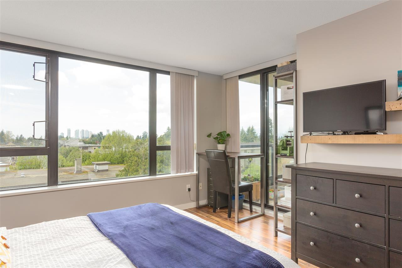 "Photo 15: 603 7088 SALISBURY Avenue in Burnaby: Highgate Condo for sale in ""HIGHGATE VILLAGE"" (Burnaby South)  : MLS(r) # R2161091"