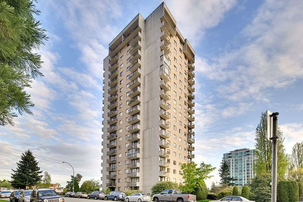 "Main Photo: 701 145 ST. GEORGES Avenue in North Vancouver: Lower Lonsdale Condo for sale in ""TALISMAN TOWER"" : MLS®# R2169404"