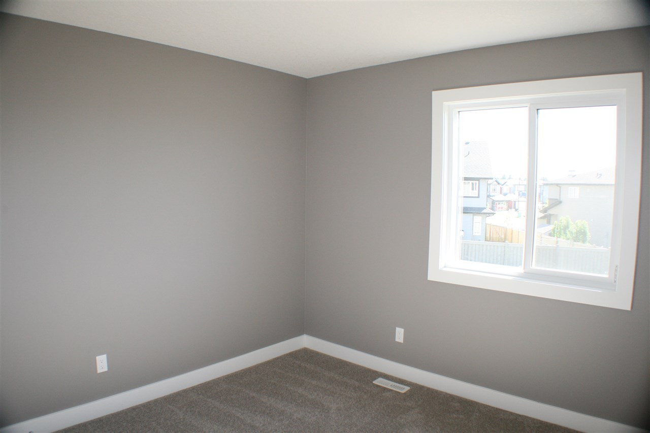 Photo 13: 7 Roberge Close: St. Albert House Half Duplex for sale : MLS(r) # E4067704