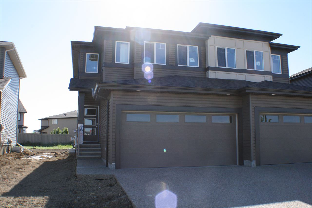 Photo 2: 7 Roberge Close: St. Albert House Half Duplex for sale : MLS(r) # E4067704