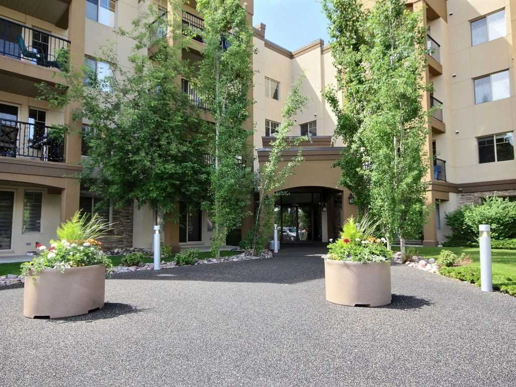 Main Photo: 117 400 Palisades Way: Sherwood Park Condo for sale : MLS® # E4069702