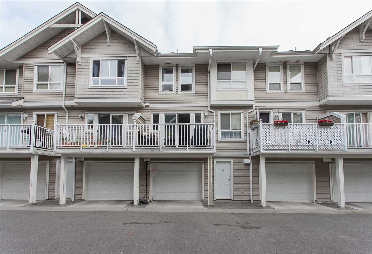 "Main Photo: 3 5255 201A Avenue in Langley: Langley City Townhouse for sale in ""KENSINGTON COURT"" : MLS® # R2196961"