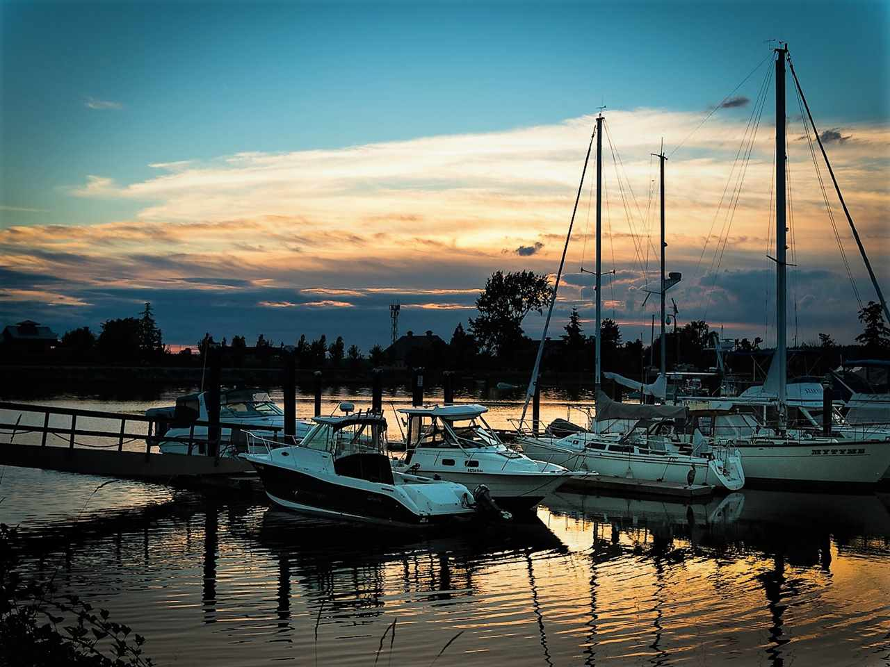 A gorgeous sunset at the private marina. Moorage is $3.00ft, kayak storage also available.