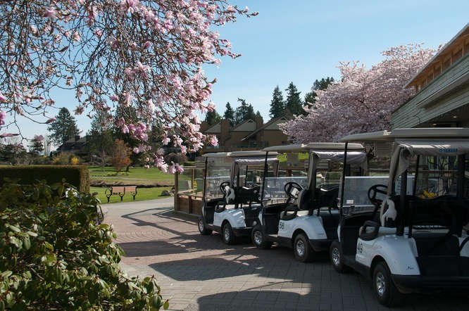 Clubhouse - The social meeting place, fully licensed restaurant, golf carts available for rent