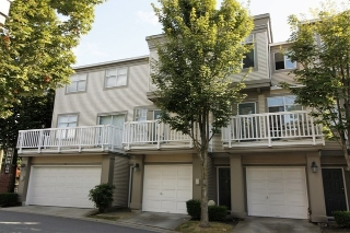 "Main Photo: 33 6179 NO 1 Road in Richmond: Terra Nova Townhouse for sale in ""SALISBURY"" : MLS® # R2197871"