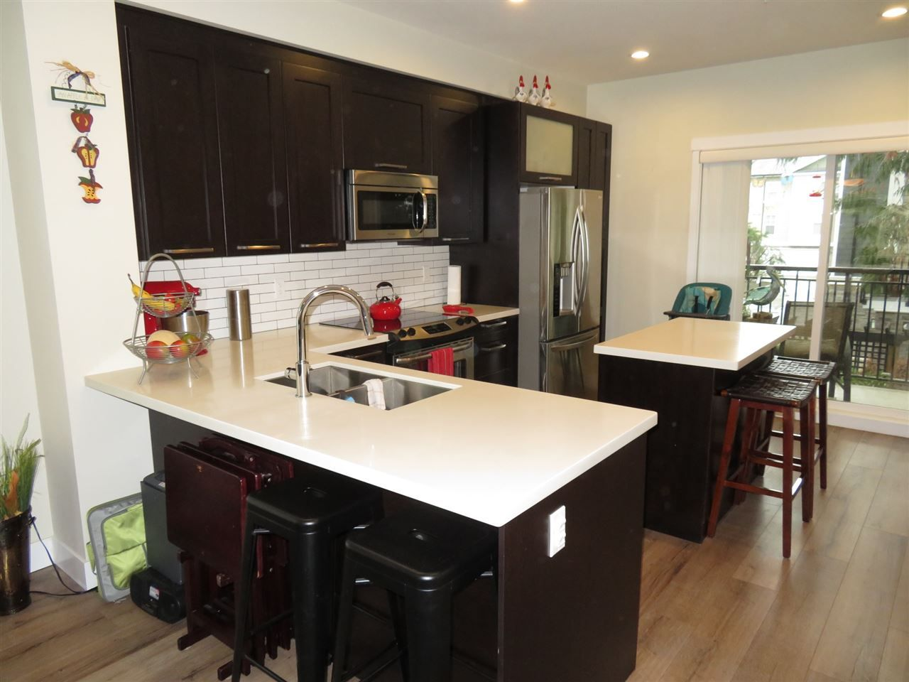 "Photo 2: Photos: 6 20967 76 Avenue in Langley: Willoughby Heights Townhouse for sale in ""Natures Walk"" : MLS® # R2220608"