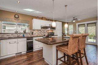 Main Photo: 6695 3 Avenue in Delta: Boundary Beach House for sale (Tsawwassen)  : MLS®# R2260455