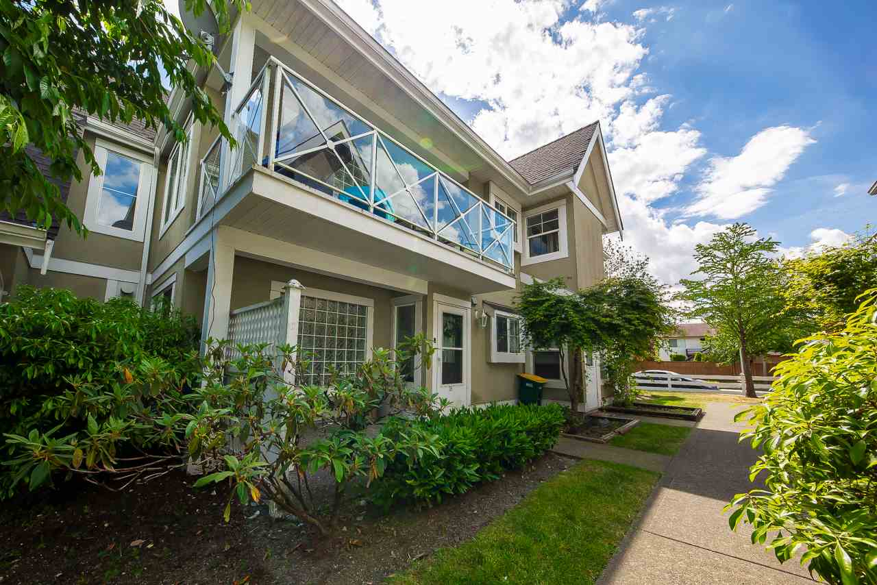 FEATURED LISTING: 38 - 23560 119 Avenue Maple Ridge