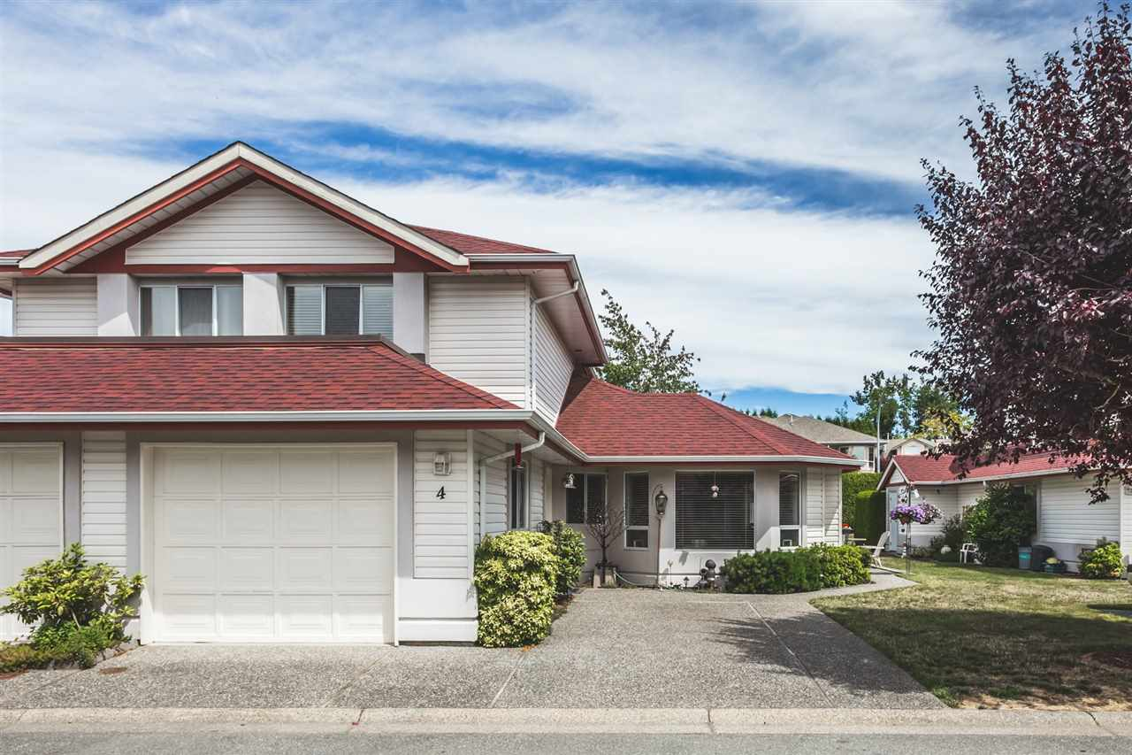 "Main Photo: 4 31406 UPPER MACLURE Road in Abbotsford: Abbotsford West Townhouse for sale in ""Ellwood Estates"" : MLS®# R2286318"