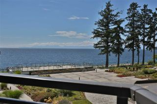 "Main Photo: 404 5665 TEREDO Street in Sechelt: Sechelt District Condo for sale in ""THE WATERMARK"" (Sunshine Coast)  : MLS®# R2290494"