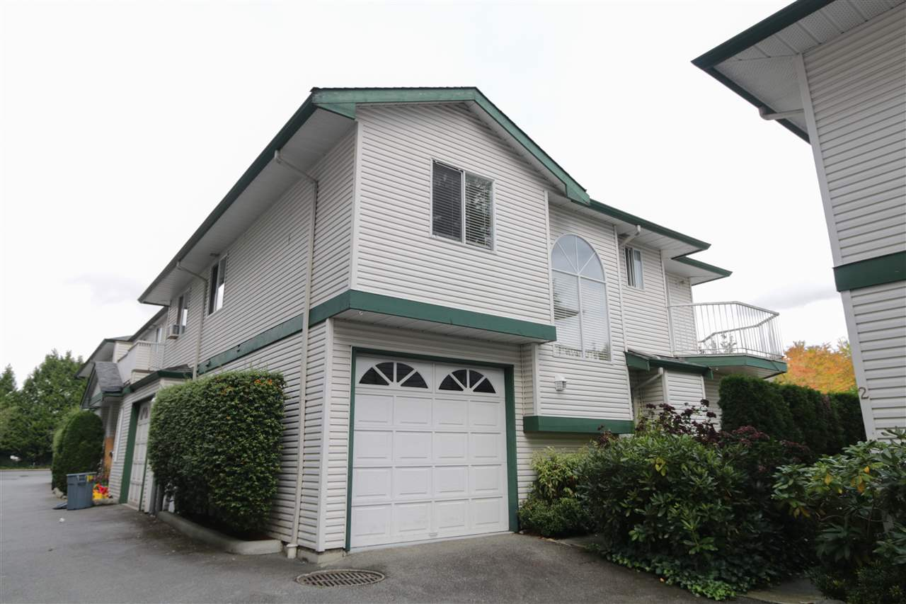 "Main Photo: 3 11875 210 Street in Maple Ridge: Southwest Maple Ridge Townhouse for sale in ""Westside Manor"" : MLS®# R2304341"