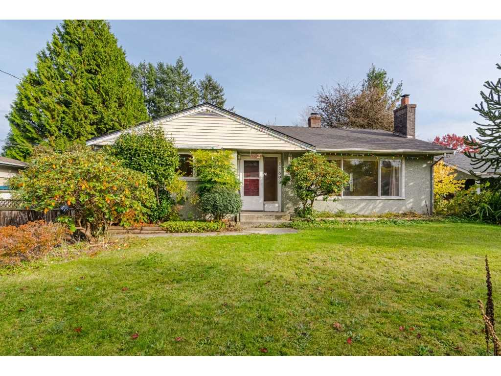 FEATURED LISTING: 11690 CARR Street Maple Ridge
