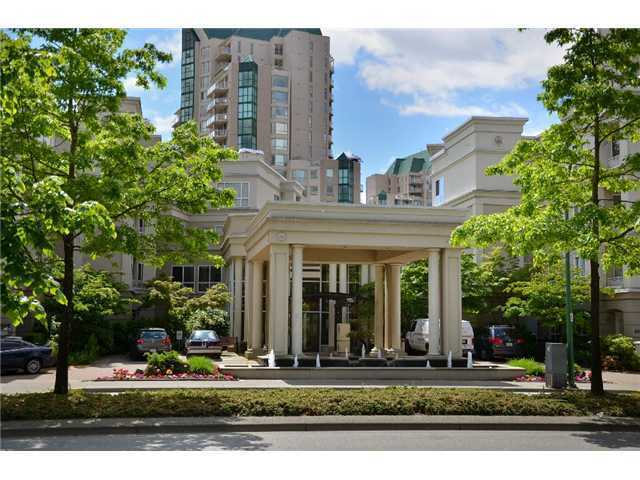 FEATURED LISTING: 430 - 3098 GUILDFORD Way Coquitlam