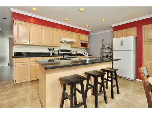 "Photo 4: # 25 -  3228 Raleigh Street in Port Coquitlam: Central Pt Coquitlam Condo for sale in ""MAPLE CREEK"" : MLS(r) # V946545"