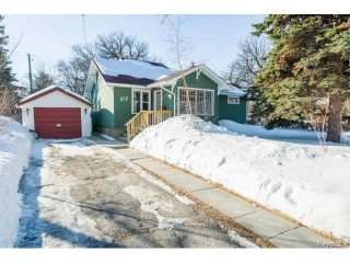 Main Photo: 858 North Drive in WINNIPEG: Fort Garry / Whyte Ridge / St Norbert Residential for sale (South Winnipeg)  : MLS(r) # 1405280