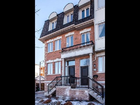 Main Photo: 1 31 Ted Reeve Drive in Toronto: East End-Danforth Condo for sale (Toronto E02)  : MLS® # E3090954