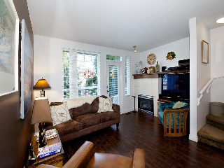 """Main Photo: 2 4787 57TH Street in Ladner: Delta Manor Townhouse for sale in """"VILLAGE GREEN"""" : MLS(r) # V1100191"""