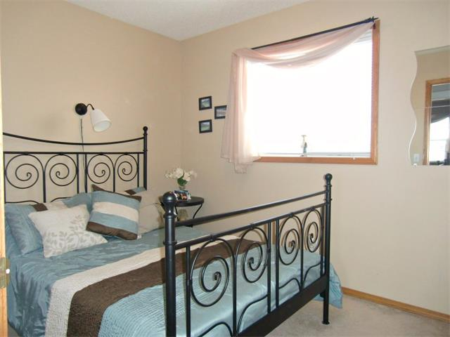 Photo 13: 63 CIMARRON MEADOWS Close: Okotoks House for sale : MLS® # C4007821
