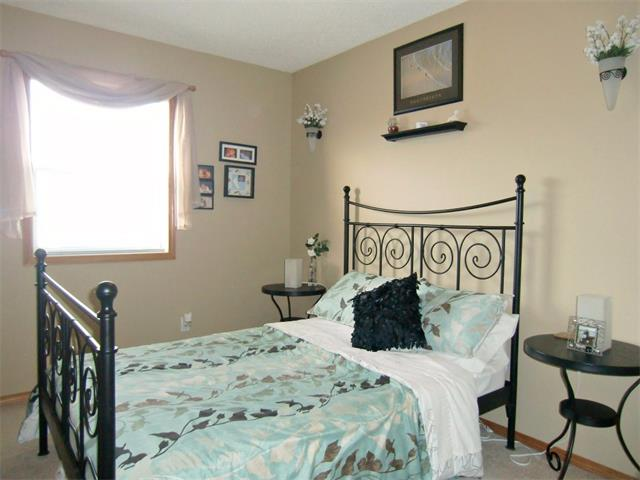 Photo 12: 63 CIMARRON MEADOWS Close: Okotoks House for sale : MLS® # C4007821