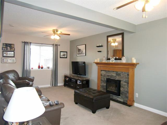 Photo 3: 63 CIMARRON MEADOWS Close: Okotoks House for sale : MLS® # C4007821