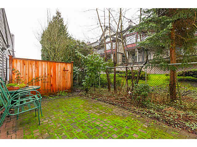 "Photo 18: 110 4885 53 Street in Ladner: Hawthorne Condo for sale in ""GREEN GABLES"" : MLS(r) # V1139264"