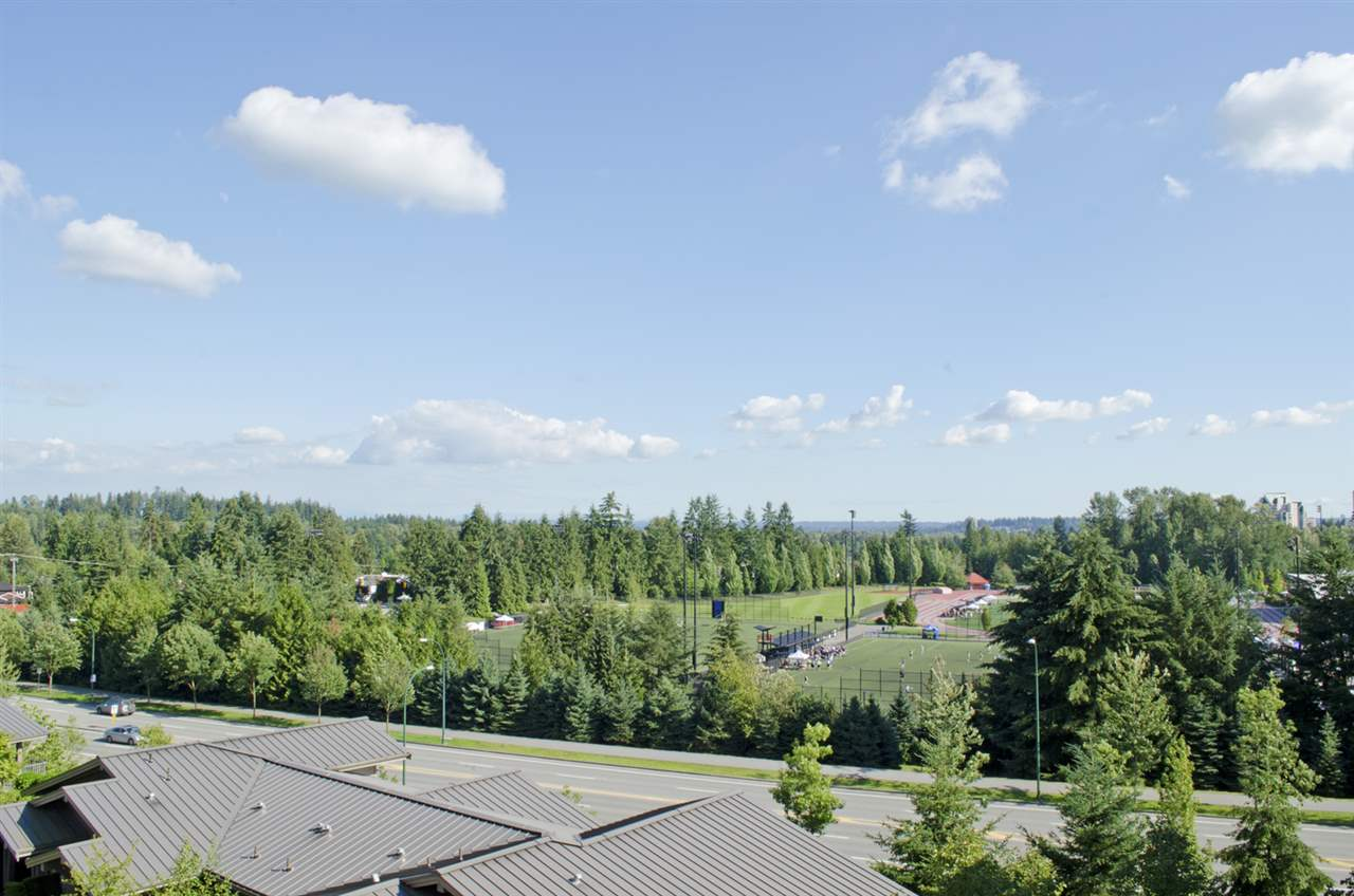 "Main Photo: 507 3110 DAYANEE SPRINGS Boulevard in Coquitlam: Westwood Plateau Condo for sale in ""LEDGEVIEW"" : MLS(r) # R2091042"