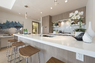 "Main Photo: 611 68 SMITHE Street in Vancouver: Yaletown Condo for sale in ""One Pacific"" (Vancouver West)  : MLS® # R2092702"
