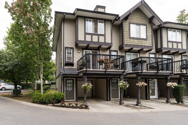 "Main Photo: 43 20176 68 Avenue in Langley: Willoughby Heights Townhouse for sale in ""Steeplechase"" : MLS(r) # R2109698"