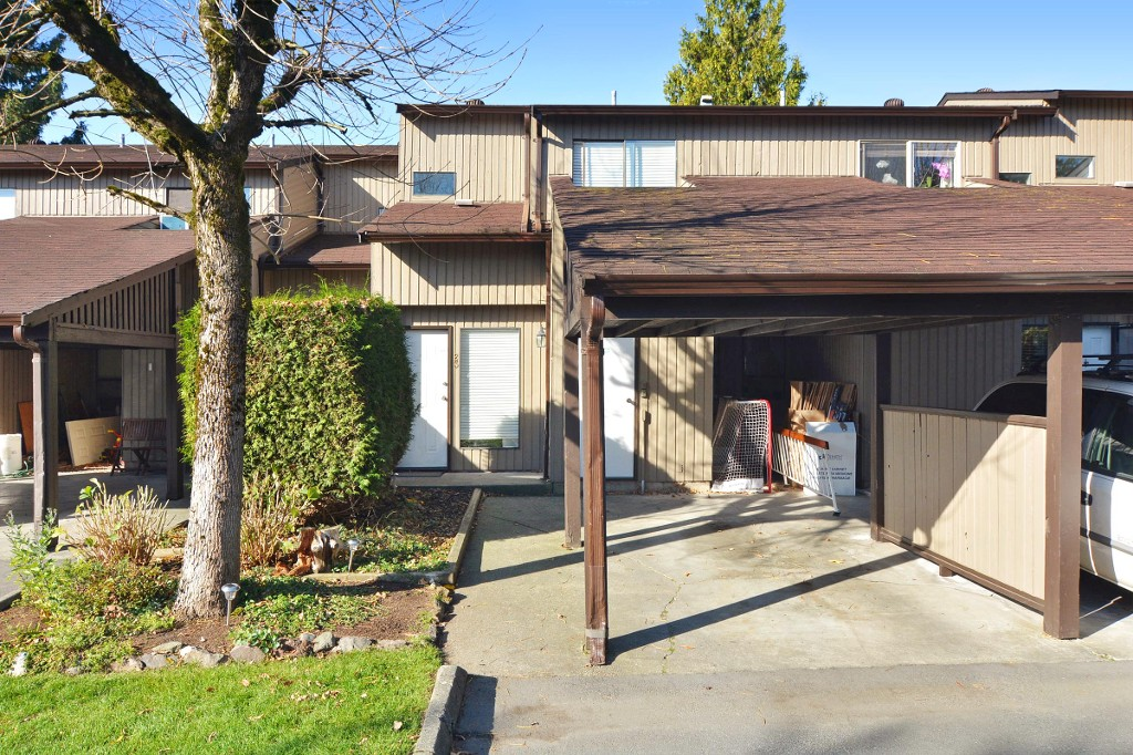 "Main Photo: 23 27044 32 Avenue in Langley: Aldergrove Langley Townhouse for sale in ""Bertrand Estates"" : MLS® # R2116964"