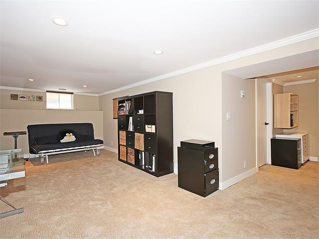 Photo 12: 4520 21 Avenue NW in Calgary: Montgomery House for sale : MLS® # C4102515