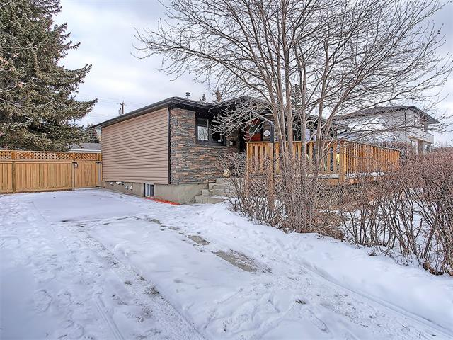 Photo 19: 4520 21 Avenue NW in Calgary: Montgomery House for sale : MLS® # C4102515