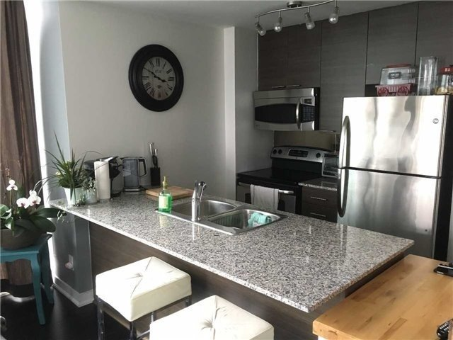 Photo 4: 2513 223 S Webb Drive in Mississauga: City Centre Condo for sale : MLS® # W3722587