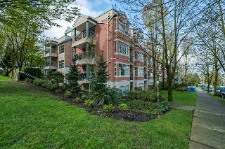 "Main Photo: 102 2388 TRIUMPH Street in Vancouver: Hastings Condo for sale in ""ROYAL ALEXANDRIA"" (Vancouver East)  : MLS(r) # R2159157"